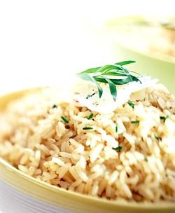 Коричневий рис, користь і властивості бурого рису