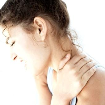 Причини появи горба на шиї і методи боротьби з ним