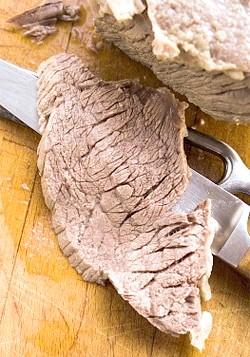 Яловичина, склад, користь і шкода, калорійність яловичини