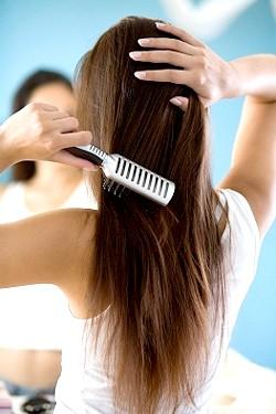 Як розчісувати волосся