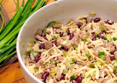 Салати з яловичим мовою - найкращі рецепти приготування